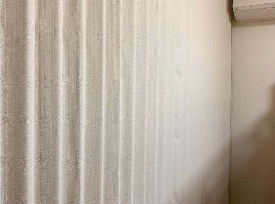 間仕切りにアコーディオンカーテン